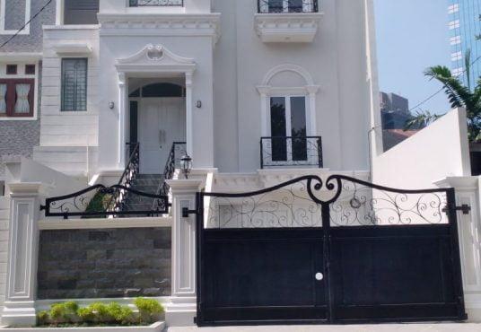 jual rumah super mewah tebet barat jakarta selatan dinarafi property 085693123544